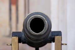 Παλαιό πυροβόλο σε ένα οχυρό Στοκ Εικόνες