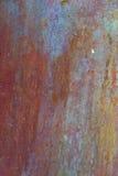Παλαιό, ραβδωμένο, χρωματισμένο και ξεπερασμένο υπόβαθρο μετάλλων Στοκ φωτογραφίες με δικαίωμα ελεύθερης χρήσης