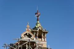Παλαιό ρωσικό ξύλινο σπίτι Στοκ Εικόνες