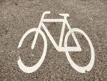 Παλαιό σημάδι 4 ποδηλάτων Στοκ φωτογραφίες με δικαίωμα ελεύθερης χρήσης