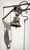 Παλαιό σκουριασμένο κουδούνι Στοκ Εικόνες