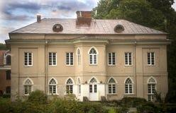 Παλαιό σπίτι διαβίωσης σε Raudondvaris, Λιθουανία Στοκ Εικόνα
