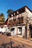 Παλαιό σπίτι στην οδό στο οχυρό Kochi Στοκ Εικόνες