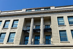 Παλαιό σπίτι στο Μόντρεαλ κεντρικός κοντά στο βασιλικό κεντρικό πάρκο Mont Στοκ φωτογραφίες με δικαίωμα ελεύθερης χρήσης