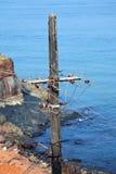 Παλαιό συγκεκριμένο ηλεκτροφόρο καλώδιο πόλων Στοκ φωτογραφία με δικαίωμα ελεύθερης χρήσης