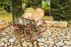 Παλαιό συρμένο άλογο ξύλινο κάρρο Στοκ εικόνα με δικαίωμα ελεύθερης χρήσης