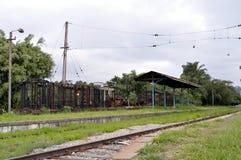 παλαιό τραίνο σταθμών Στοκ εικόνα με δικαίωμα ελεύθερης χρήσης