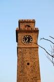 Παλαιό φρούριο πύργων με το ρολόι Στοκ φωτογραφία με δικαίωμα ελεύθερης χρήσης