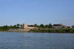 Παλαιό φρούριο στον ποταμό Δούναβη Στοκ Εικόνες