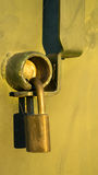 Παλαιό χρυσό λουκέτο Στοκ φωτογραφίες με δικαίωμα ελεύθερης χρήσης