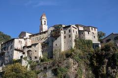 Παλαιό χωριό Luseram, υπόστεγο βουνών της Προβηγκίας Alpes d'Azur Στοκ Εικόνες