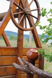 Παλαιό ύφος ξύλινο καλά Στοκ Εικόνες
