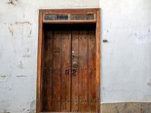 παλαιό ύφος πορτών ξύλινο Στοκ Φωτογραφίες