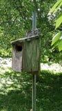 Παλαιό birdhouse Στοκ φωτογραφία με δικαίωμα ελεύθερης χρήσης