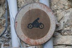 Παλαιό roadsign Στοκ Εικόνες