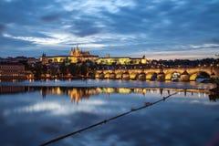 παλαιό vltava ταξιδιού ποταμών της Πράγας φωτογραφιών της Ευρώπης κάστρων Στοκ Εικόνα
