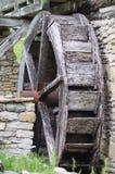 παλαιό waterwheel μύλων Στοκ Εικόνες
