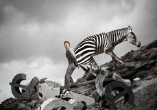 Παλεύοντας αντίπαλος επιχειρηματιών Μικτά μέσα στοκ φωτογραφίες με δικαίωμα ελεύθερης χρήσης