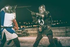 παλεύοντας ιππότες δύο Στοκ φωτογραφία με δικαίωμα ελεύθερης χρήσης