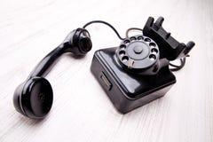 Μαύρο ντεμοντέ περιστροφικό τηλέφωνο πινάκων Στοκ φωτογραφία με δικαίωμα ελεύθερης χρήσης