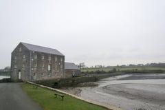 Παλιρροιακός μύλος, Pembrokeshire, Ουαλία στοκ φωτογραφίες
