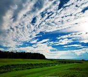 πεδίο σύννεφων Στοκ εικόνες με δικαίωμα ελεύθερης χρήσης