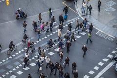 Πεζοί σε Plaza Espana Στοκ εικόνα με δικαίωμα ελεύθερης χρήσης