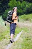 πεζοπορία ληφθείσα στιλβωτική ουσία γυναίκα εικόνων βουνών Στοκ φωτογραφία με δικαίωμα ελεύθερης χρήσης