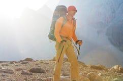 Πεζοπορώ στα βουνά Fann στοκ φωτογραφία με δικαίωμα ελεύθερης χρήσης