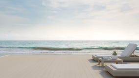 Πεζούλι άποψης θάλασσας και κρεβάτια στο σύγχρονο σπίτι παραλιών πολυτέλειας με το υπόβαθρο μπλε ουρανού, καρέκλες σαλονιών στην  φιλμ μικρού μήκους