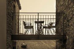 Πεζούλι μεταξύ δύο σπιτιών Στοκ Φωτογραφία