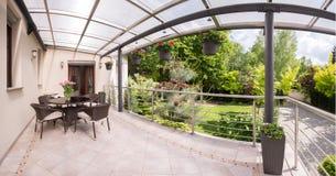Πεζούλι και κήπος ομορφιάς Στοκ Εικόνα