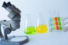 Πειράματα εξοπλισμού και επιστήμης Στοκ Φωτογραφίες