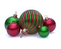 Περίκομψα λαμπρά κόκκινα πράσινα περίκομψα μπιχλιμπίδια διακοσμήσεων σφαιρών Χριστουγέννων διανυσματική απεικόνιση