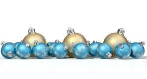 Περίκομψα μπιχλιμπίδια Χριστουγέννων μεταλλινών χρυσά και μπλε Στοκ φωτογραφία με δικαίωμα ελεύθερης χρήσης