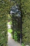 Περίκομψη πύλη σιδήρου Στοκ φωτογραφία με δικαίωμα ελεύθερης χρήσης