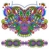 Περίκομψη floral μόδα κεντητικής του Paisley Neckline Στοκ Εικόνα