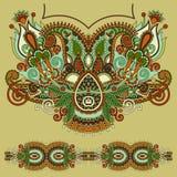 Περίκομψη floral μόδα κεντητικής του Paisley Neckline Στοκ Εικόνες
