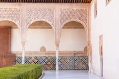 Περίκομψος τοίχος Alhambra στο παλάτι στοκ εικόνες