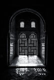 Περίκομψο παράθυρο arabesque Στοκ εικόνα με δικαίωμα ελεύθερης χρήσης