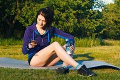 Περίοδος άσκησης στο πάρκο Στοκ φωτογραφία με δικαίωμα ελεύθερης χρήσης