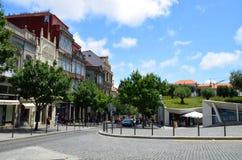 Περίπατος γύρω από το κέντρο πόλεων κοντά στο παλαιότερο Livraria Lello, Πόρτο, Πορτογαλία Στοκ εικόνες με δικαίωμα ελεύθερης χρήσης
