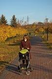 περίπατος μωρών φθινοπώρο&upsi Στοκ Φωτογραφίες