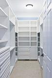 περίπατος ντουλαπιών στοκ φωτογραφία με δικαίωμα ελεύθερης χρήσης