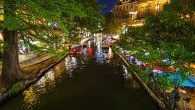 Περίπατος ποταμών του San Antonio τη νύχτα στο San Antonio, Τέξας Στοκ Φωτογραφίες