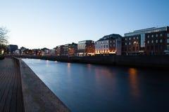 Περίπατος ποταμών Liffey Στοκ εικόνες με δικαίωμα ελεύθερης χρήσης