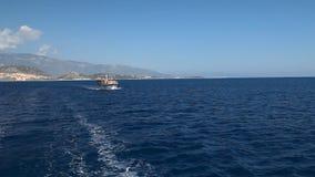 Περίπατος σε ένα γιοτ στη Μεσόγειο απόθεμα βίντεο