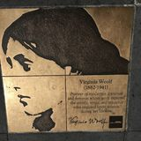 Περίπατος του ομοφυλόφιλου, ο περίπατος τιμής ουράνιων τόξων, Βιρτζίνια Woolf στοκ εικόνες