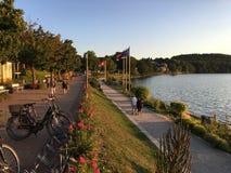 Περίπατος Dieksee στον ήλιο βραδιού Στοκ Φωτογραφία