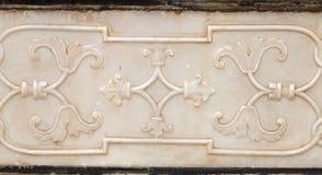 Περίπλοκες σχέδια και γλυπτικές στους τοίχους Taj Mahal Στοκ φωτογραφία με δικαίωμα ελεύθερης χρήσης